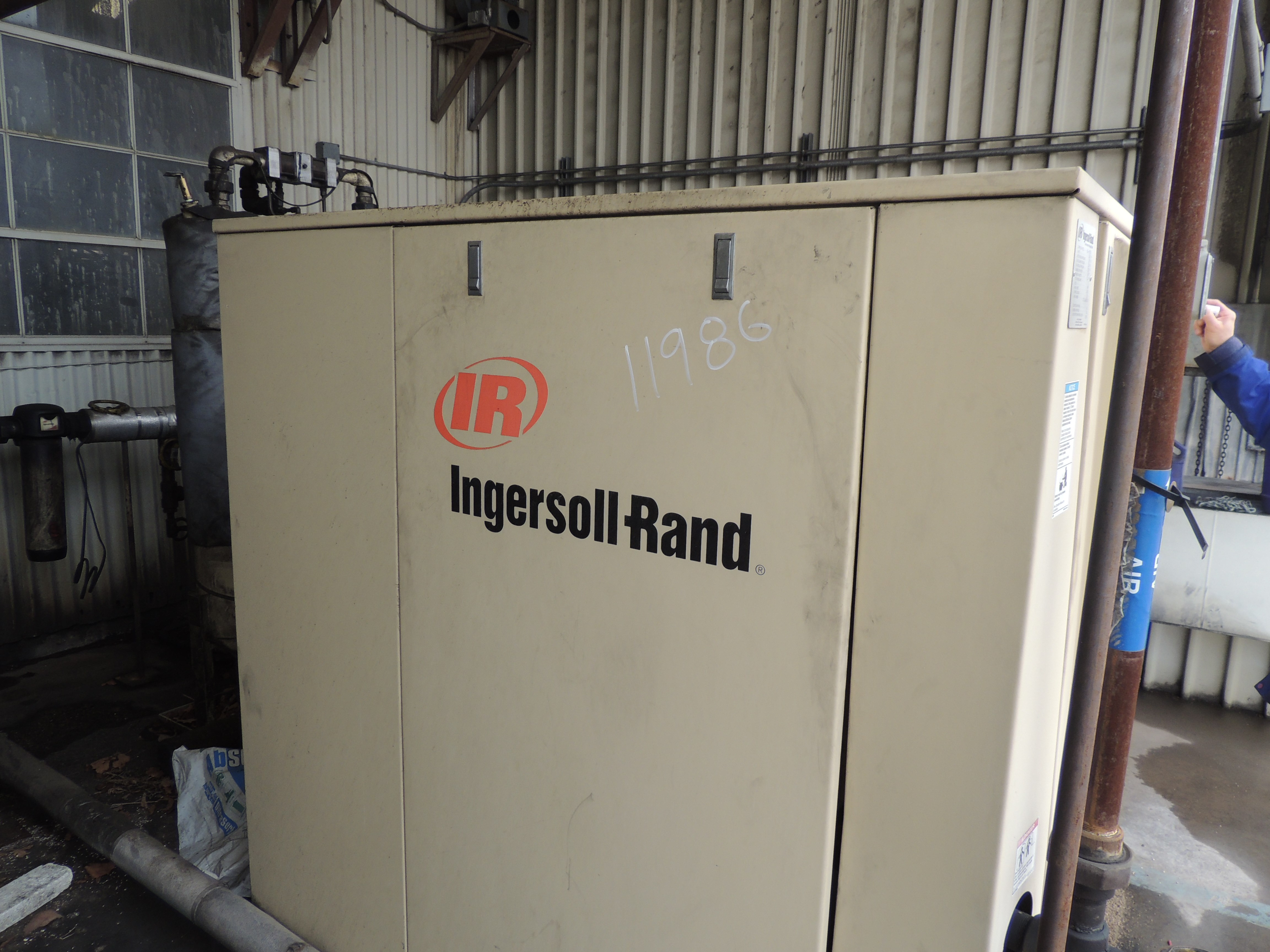 208 CFM Ingersoll Rand Rotary Screw Compressor