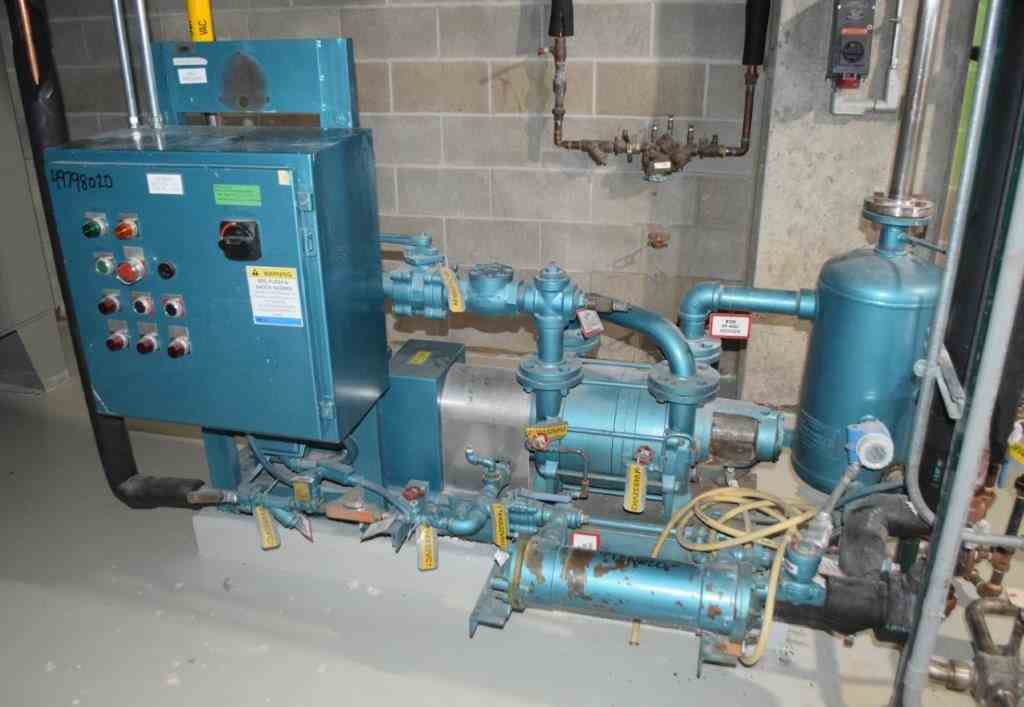 Buy and Sell Used Vacuum Pumps at Phoenix Equipment