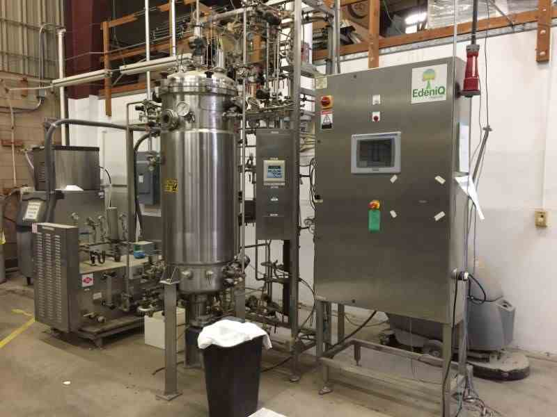 300 Liters New Brunswick Scientific Fermenter / Bioreactor